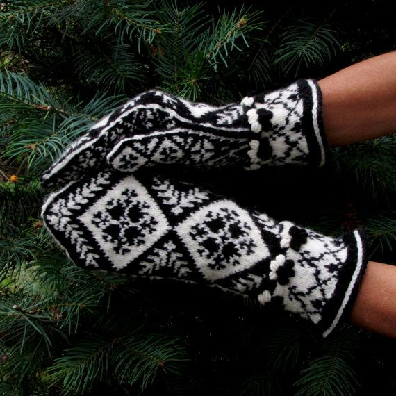 HandKnitted Norwegian Mitts by Dom Klary by domklary on Etsy, $35.00