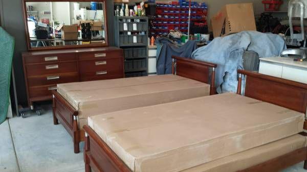 Solid cherry bedroom set - Antique Willett Trans-East - $950 ...