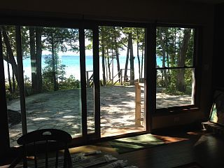 Lake Michigan Monthly Rental Newly Renovated 3 Bdrm 3 Bath On West Traverse Bay Vacation Rental In Traverse City From Vacation Cottage Rental Vacation Rental