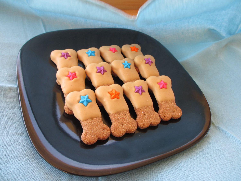 Gourmet Dog Treats Peanut Butter Paws By Twotailsdogbakery