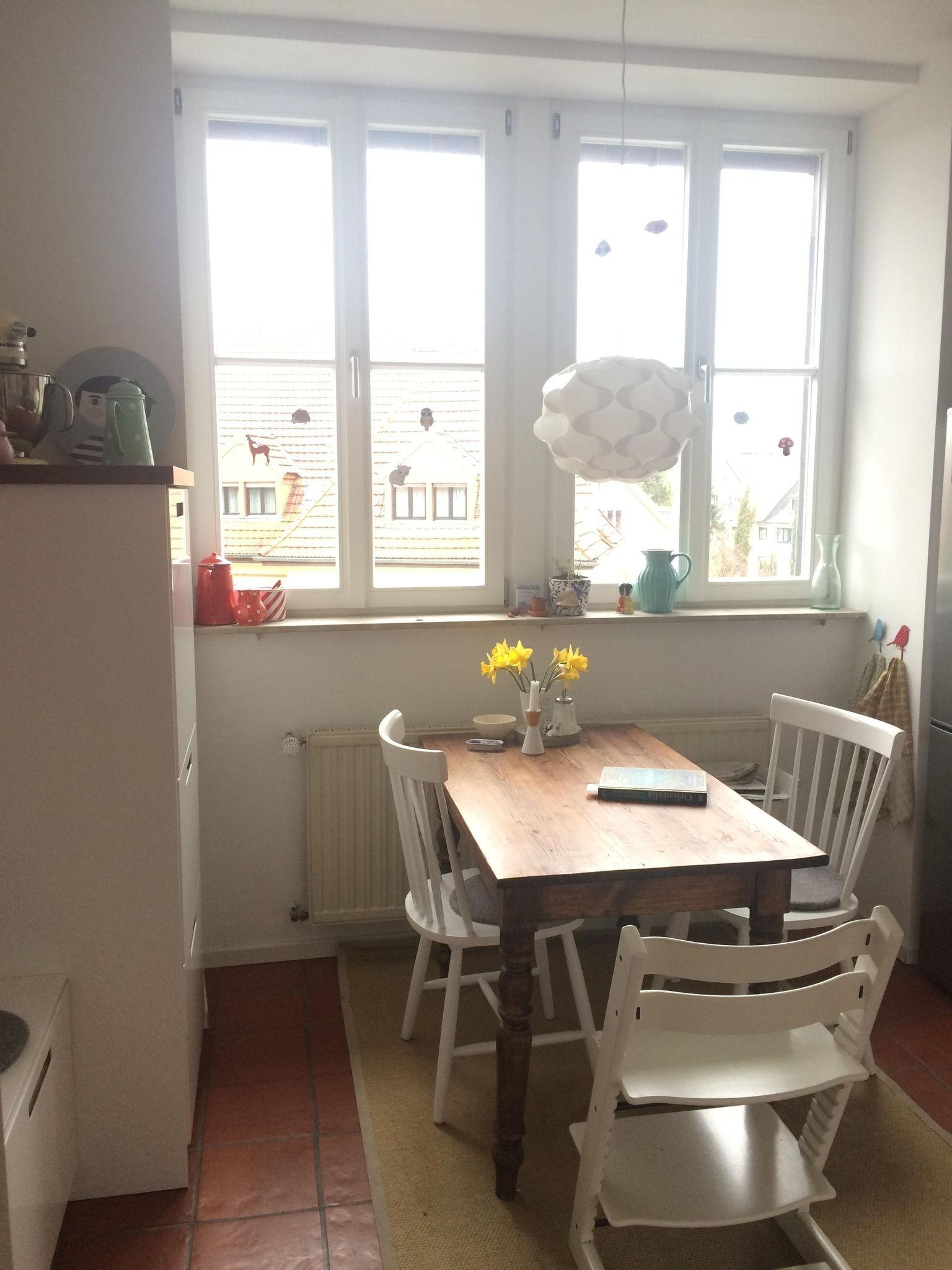 Kuchenliebe Living Kuche Interior Kuchentisch Altundneu Scandy Hygge Altbau Kuche Arbeitsplatte Und Grohe Blue
