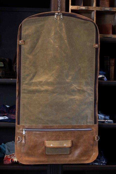 Elkton Garment Bag Waxed Canvas And Leather My Bag Garment Bags Leather Luggage Travel Bags