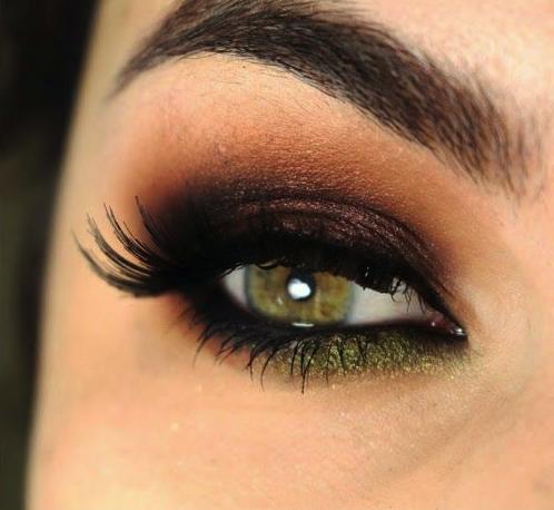 les plus beaux smoky eyes pinterest les yeux verts yeux verts et maquillage beaut. Black Bedroom Furniture Sets. Home Design Ideas