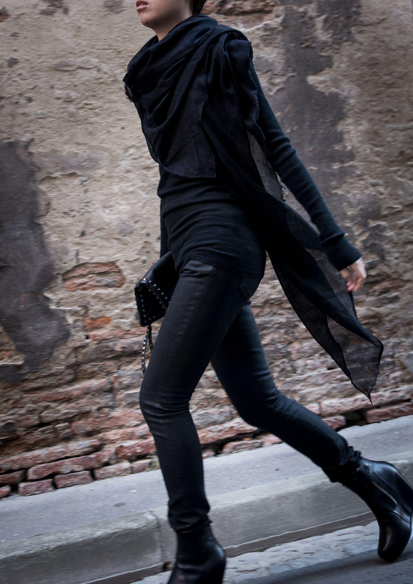 Rock 'n' Roll Style ☆ Saint Laurent Black Waxed Jeans - Departement Feminin all black