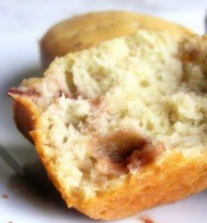 Light strawberry cream cheese muffins
