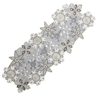 Beaded Snowflake Table Runner Beaded Snowflakes Silver Christmas Decorations Table Runners
