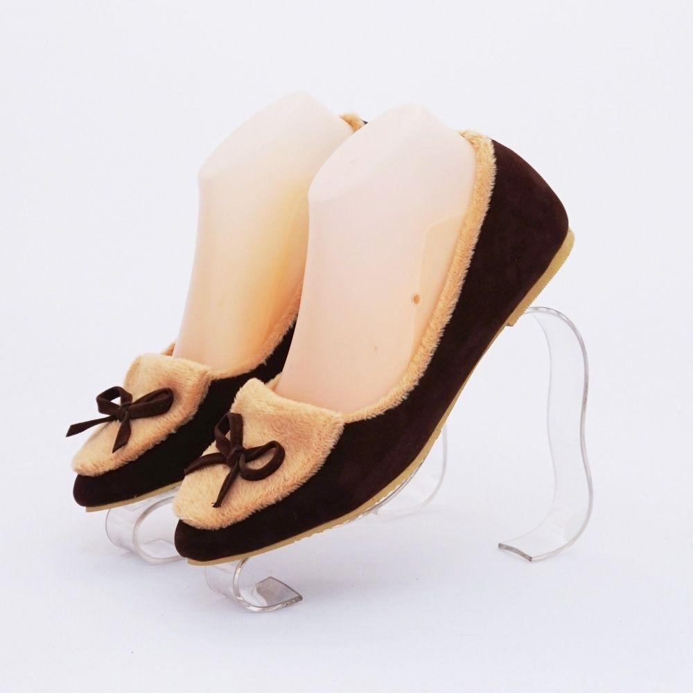 Sepatu Ribbon Bulu Cantik Warna Coklat Bahan Beludru Dan Bulu