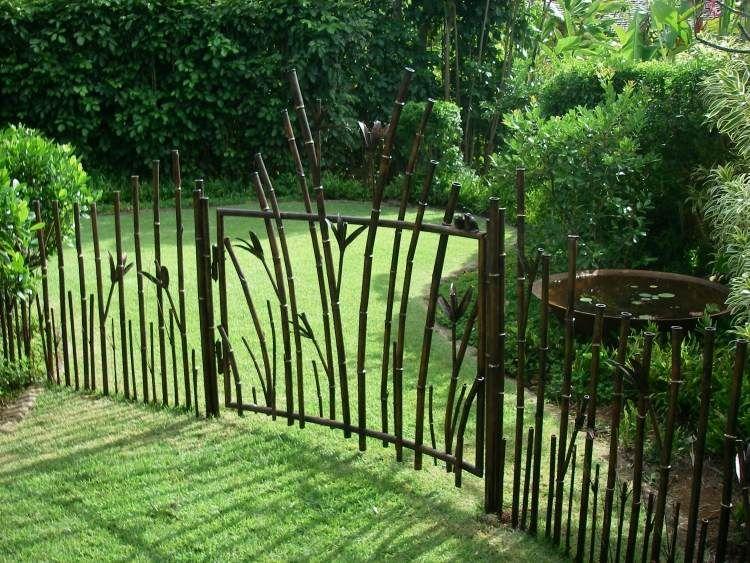 La porte de jardin et portail nous accueillent avant for Portail jardin metal