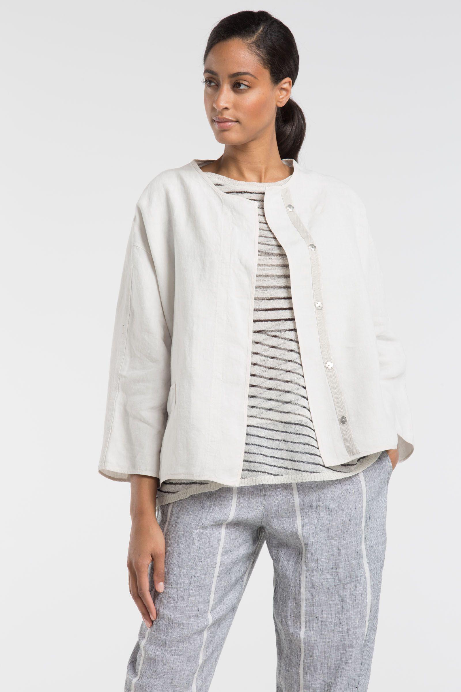 OSKA New York offers elegant evening Jacket Talida.