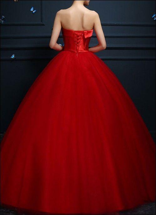 Rotes Ballkleid mit Tüllrock im Prinzessinnen Stil. | Styling ...