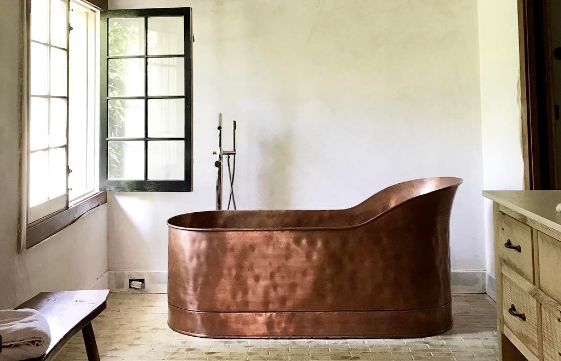 10 Copper Bathtubs For The Most Luxurious Soak   Copper Bathtubs Are The  Statement Piece Your