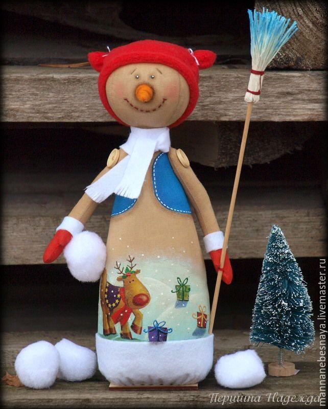 Купить Снеговик с метёлкой. Крофейная новогодняя игрушка. - коричневый, снеговик, кофейный снеговик, ароматизированная игрушка