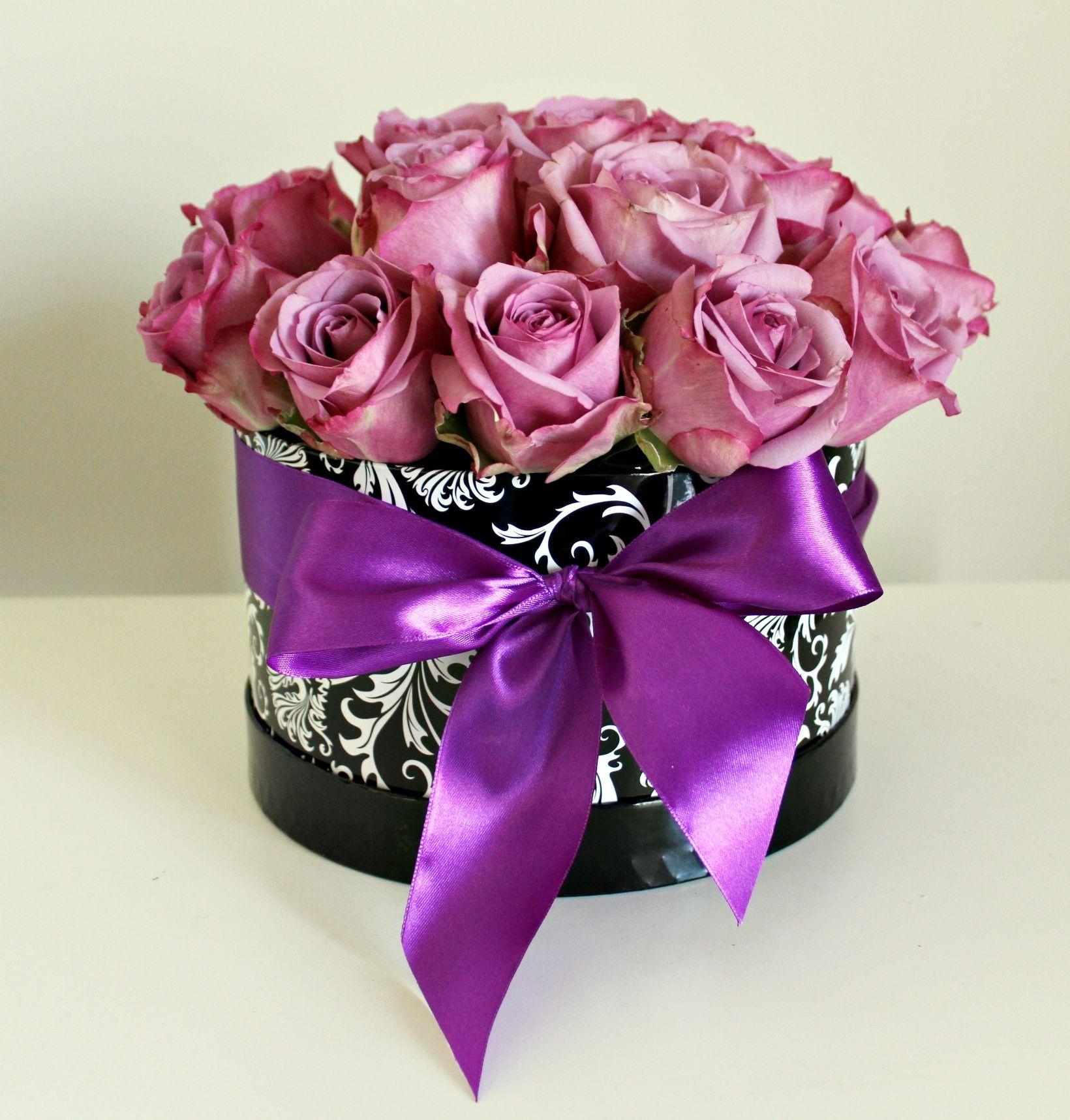 Luxury flowers in a box Chicago flowers Luxury flowers