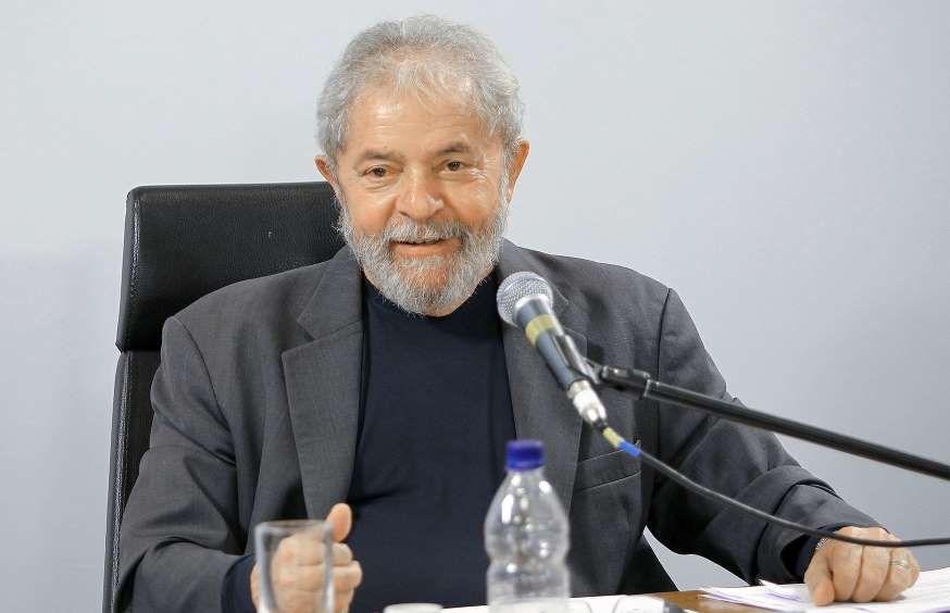 Denúncia contra o ex-presidente, acolhida pela Justiça Federal em Brasília, assinala que 'não se pode desconsiderar que, em uma organização criminosa, o chefe sempre restará na penumbra, protegido'.