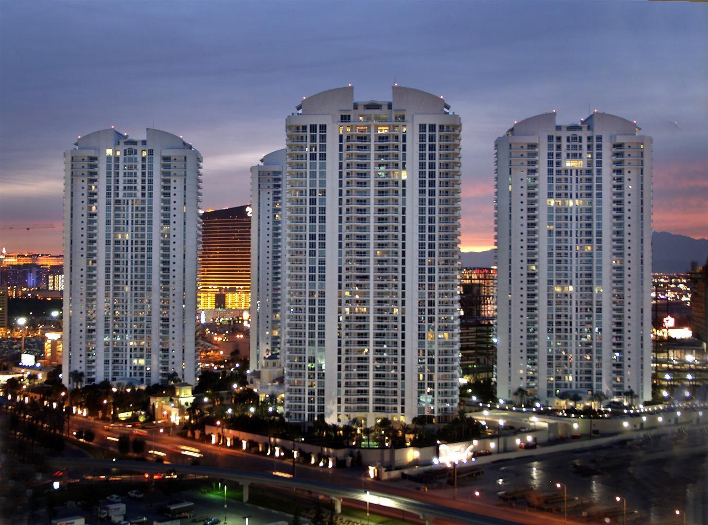 Dentist In Las Vegas Las Vegas Condos Penthouse For Sale Las Vegas Real Estate