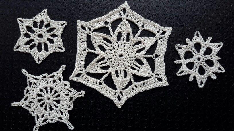 100 Sneeuwvlokken haken crochet http:// www.degelukkigenaaister.blogspot.com