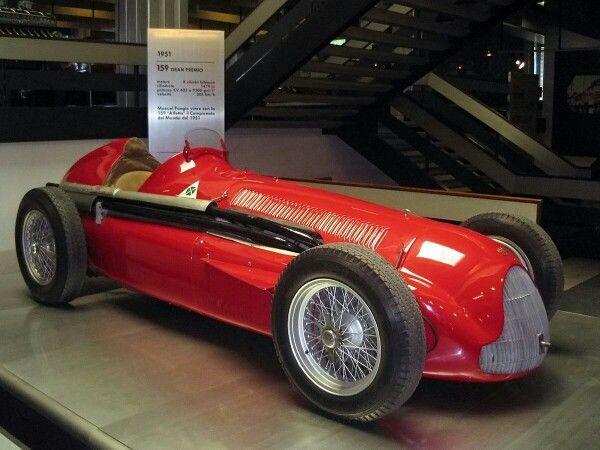 1951 Alfa Romeo tipo 159 (Alfetta)