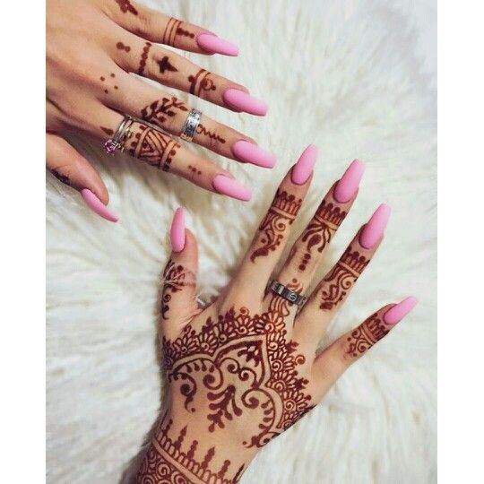 Glory Mehndi For Nails : Henna and pink nails pinterest