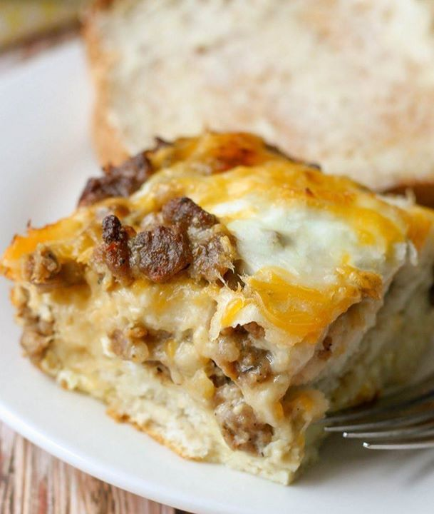 Happy Thursday Friends! Feel the 2nd to the last day of the work week. Hear the decadence calling every once in a while. It's not that bad. Have a piece of Biscuit egg casserole. You'll live it! Recipe @ www.bakeitfun.com #biscuit #egg #casserole #foodporn #yum #instafood #TagsForLikes #yummy #amazing #instagood #photooftheday #sweet #dinner #lunch #breakfast #fresh #tasty #delish #delicious #eating #foodpic #foodpics #eat #hungry #foodgasm #hot #bakeitfun http://ift.tt/2coOPeC