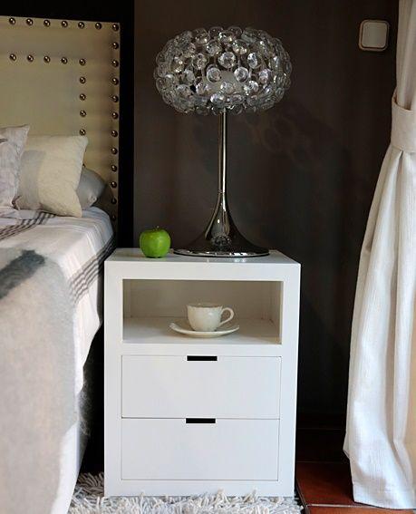 Mesa de noche velador dormitorio moderno dormitorio for Mesitas de noche 30 cm