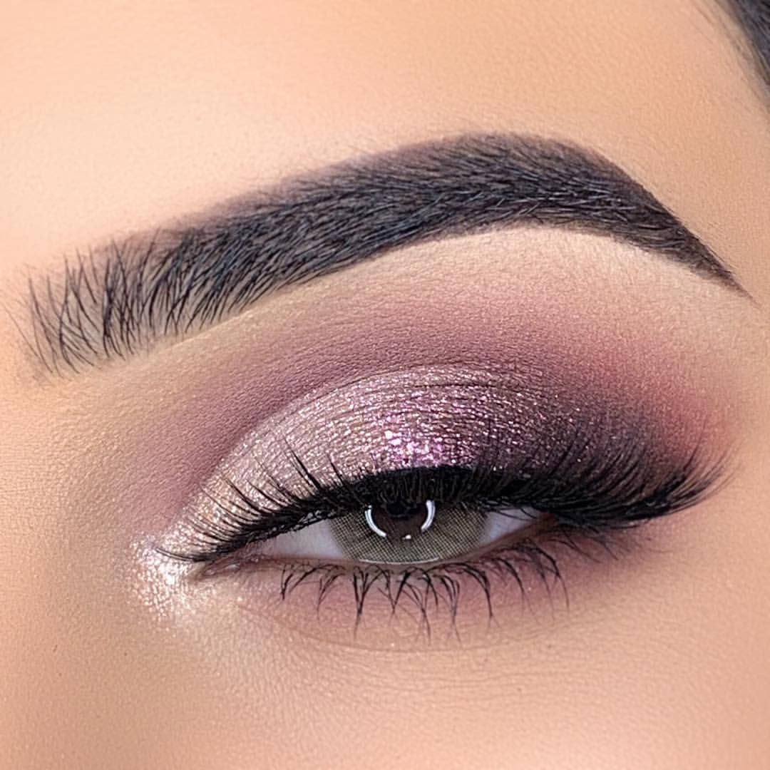 Beautiful eye makeup looks amazing and inspiring - Hair and Beauty eye makeup Ideas To Try - Nail Art Design Ideas #Eyemakeup #makeuplooks Beautiful eye makeup looks amazing and inspiring - Hair and Beauty eye makeup Ideas To Try - Nail Art Design Ideas #Eyemakeup