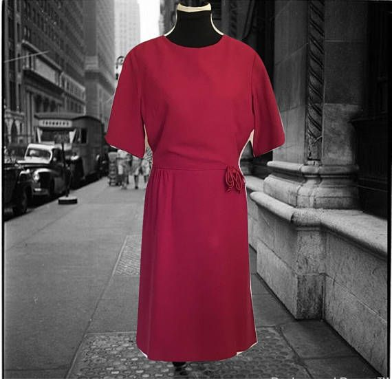 Vintage 1950s Sheath Red Crepe Day Dress with Short Sleeves and Bow at Waistline Straight Skirt Metal Zipper Vintage Sheath Dress Office