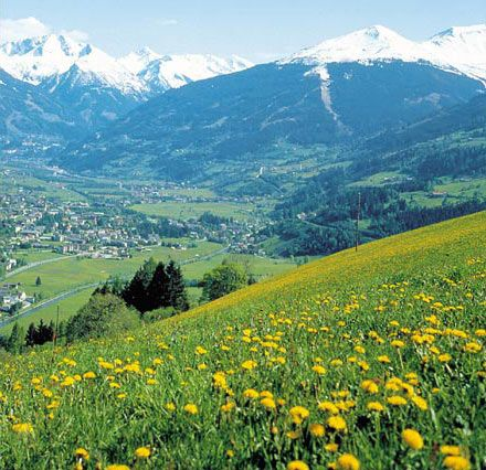 Salzburg Austria The Hill Are Alive With The Sounds Of Music It Sung For A Thousands Years My Heart Want Sound Of Music Tour Music Tours Austria Travel
