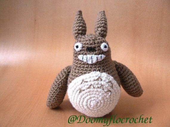 Amigurumi Totoro : Amigurumi totoro en coton au crochet fait main par doomyflocrochet