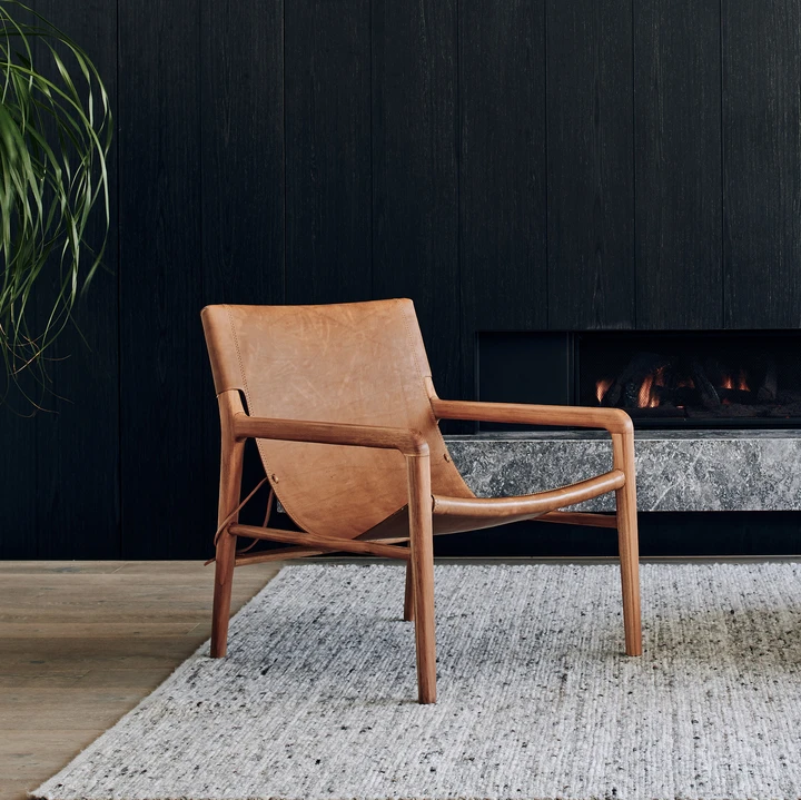 The Smith Leather Sling Chair is our most popular - it's pretty obvious why! This sling leather chair is a stunning feature to any living room, bedroom or study. Every home should have a Smith. *U.S design patentapproved D78848 Product Specifications H29.9