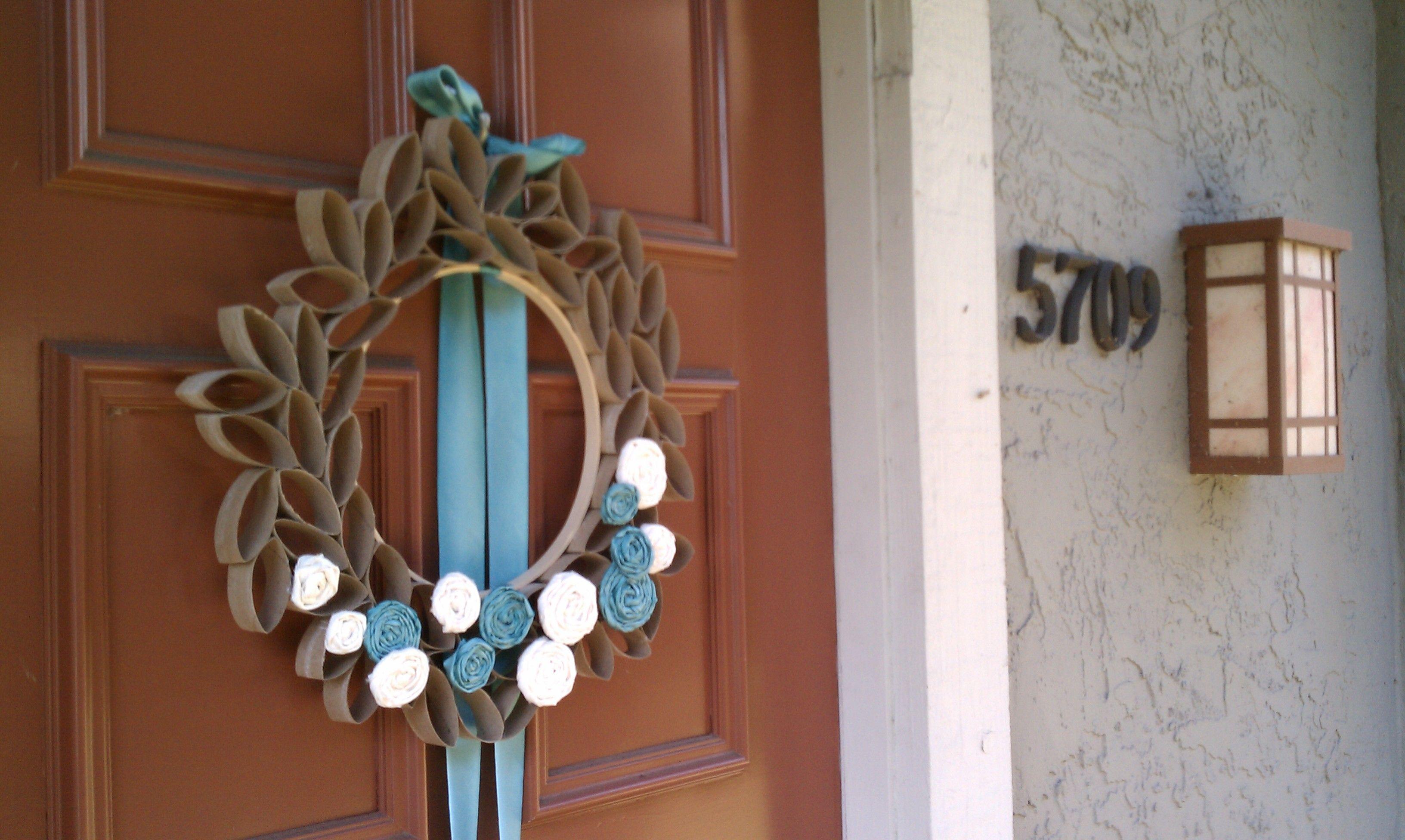 toilet paper roll wreath! Toilet paper roll art, Roll