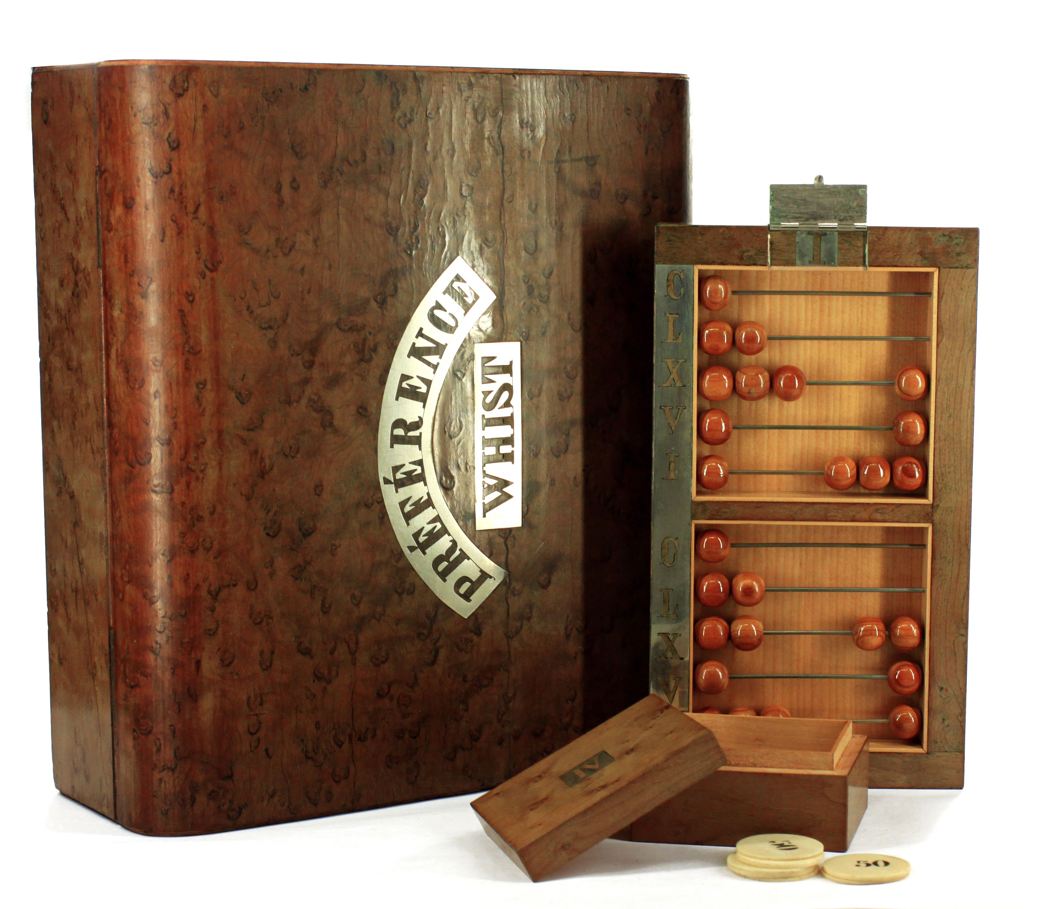 En card box for whist game as well as the game of