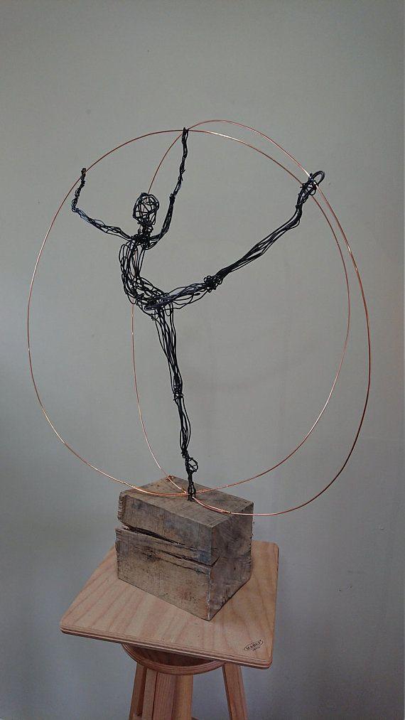 Wire sculpture - Ballet dancer | Ballet dancers and Craft