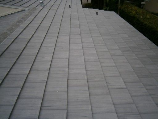 This Miami Fl Concrete Tile Roof Needed A Reroofing Project Because Of Scuff Marks On The Tiles The Project Not Only Consis Reroofing Concrete Tiles Concrete
