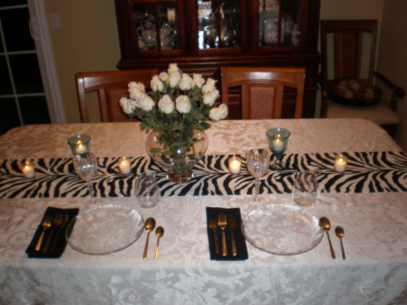 This will be perfect for the tables! Instead of white table cloth I ...