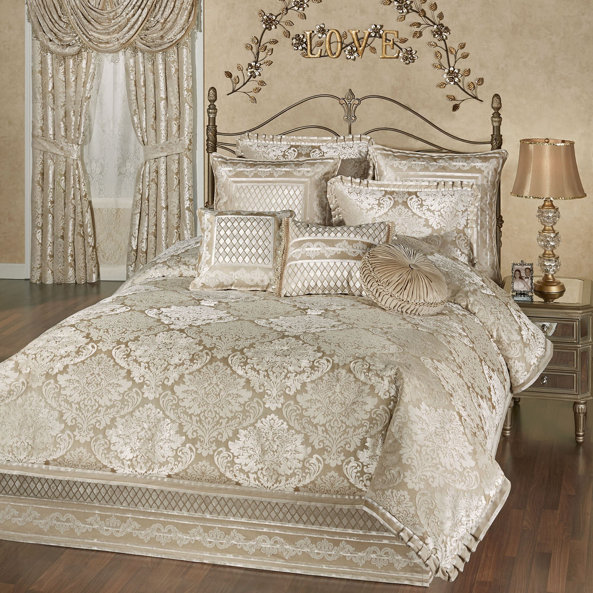 Best Luminous Damask Comforter Bedding Bed Linen Design 640 x 480