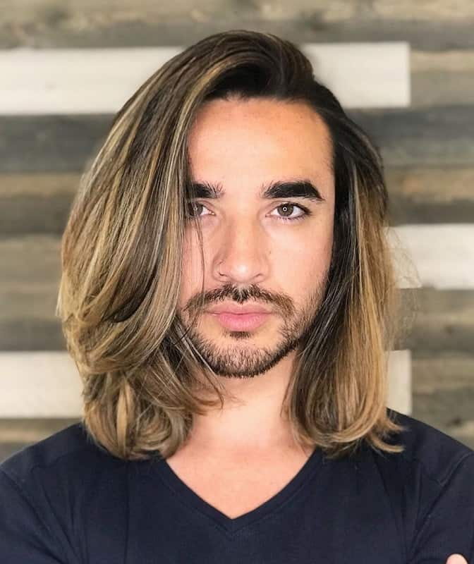 8 Trendy Blonde Highlights For Men To Try Cool Men S Hair In 2020 Men Blonde Highlights Blonde Hair With Highlights Dark Hair With Highlights