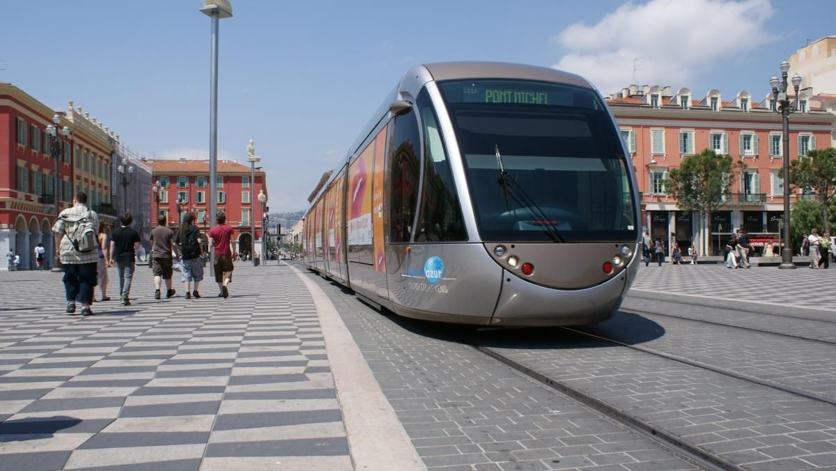 VLT (Veículo leve sobre trilhos) - Tramways - Light Rail - Nice