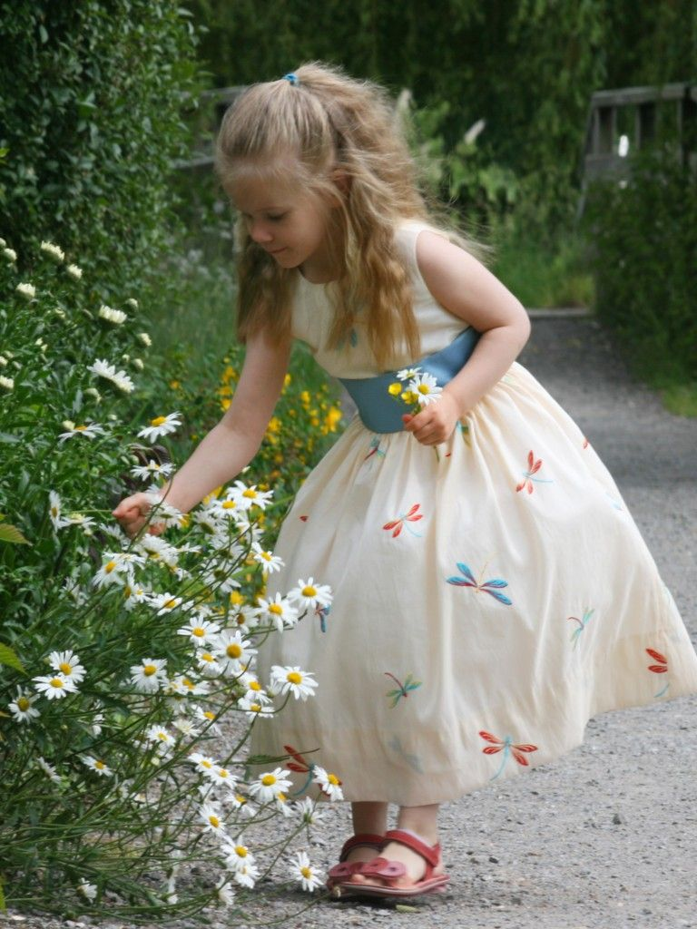 da0c95de338d summer flower girl dresses