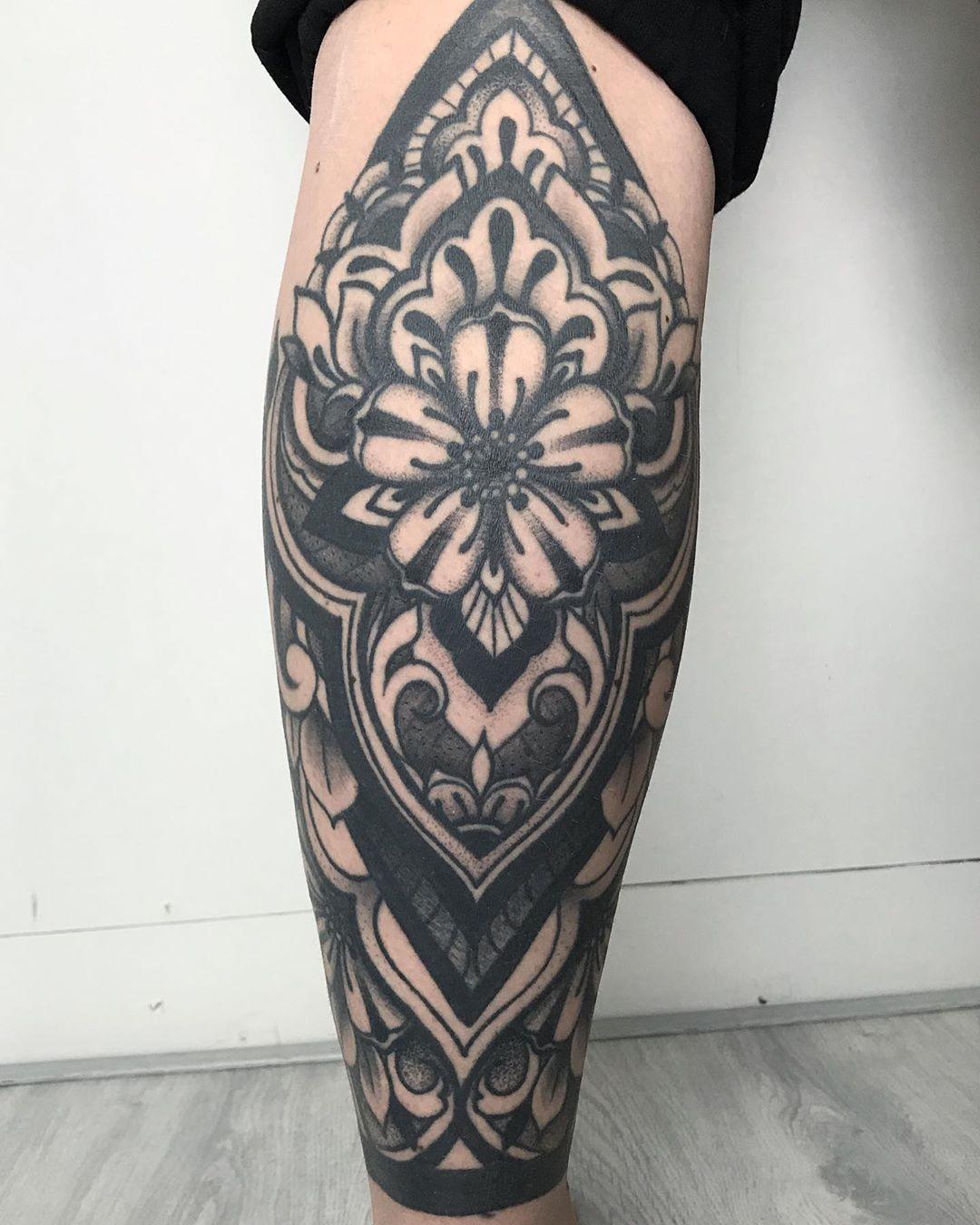healed and settled 🖤#ornamental #lowerleg #healed #healedtattoowork #boldwillhold #blackwork #ornament #blackart #TAOT #tttism #btattooing #tattoodo #inkjunkeyz #blackart #blackworkers #onlyblackart #tattooing #tattoodo #inkjunkeyz #tattooartistmagazine #tattooist #blacktattooart #btattooing #blackartist #ladytattooers #tattoodo #topclasstattooing #naomiblacktattoo #tattoolines #eindhoven #blacktattoomag #blackworkerssubmission #tattoo @blackworkers_tattoo @blacktattooart @tattoodo @ladytattooe