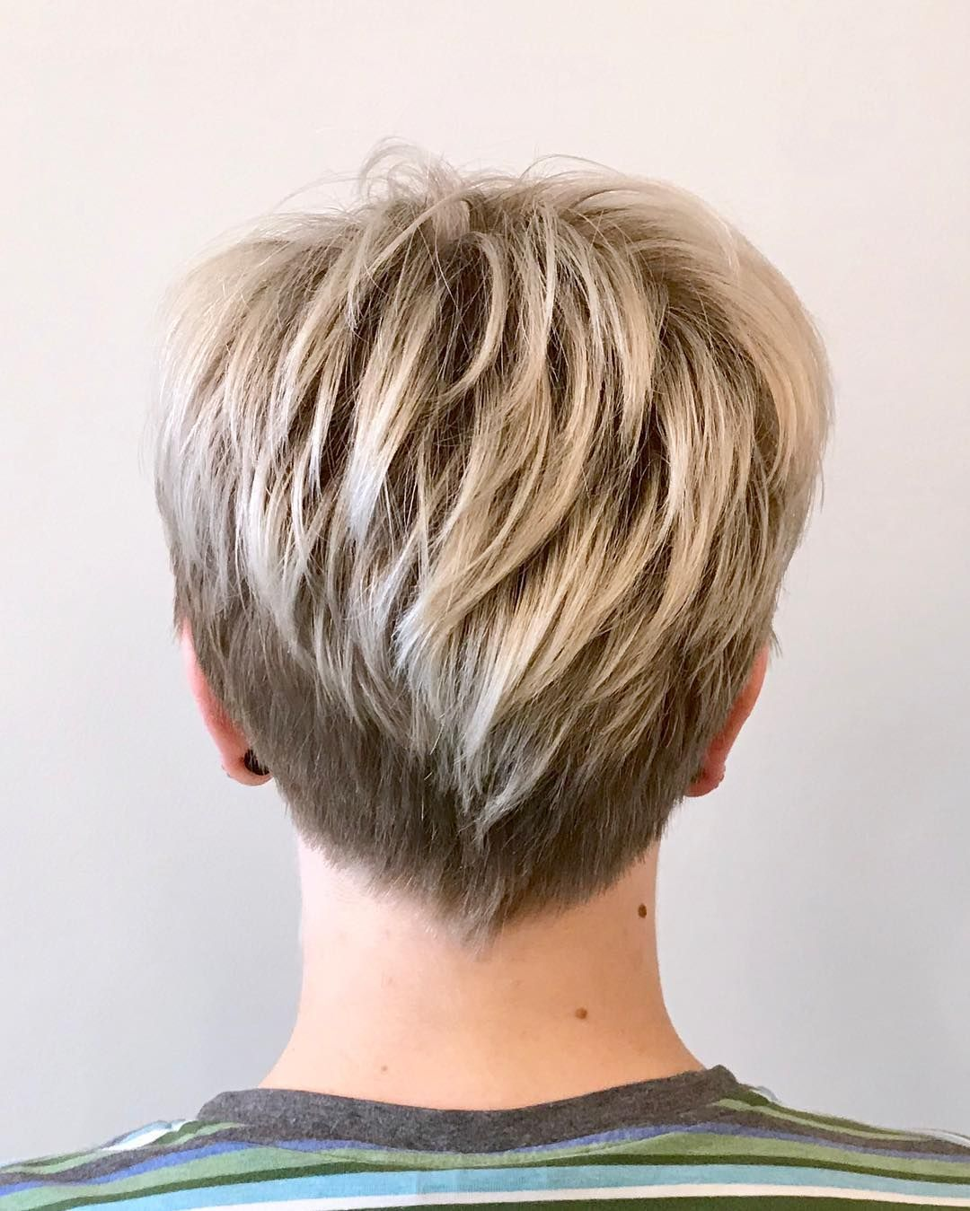 Rock hairstyle boy attention short haired beauties rock the pixie styles