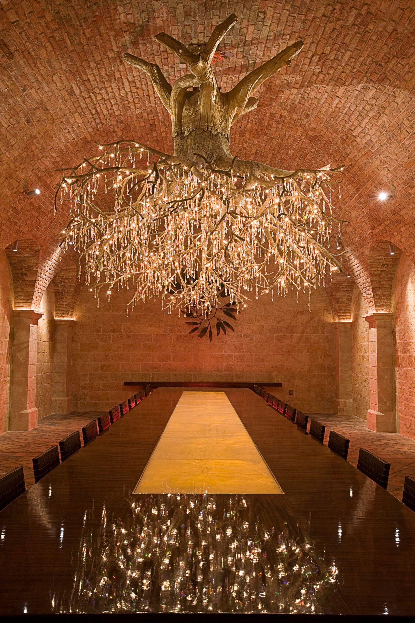 Genial Weinreben Wurzel Als Kronleuchter Fur Weinkeller Kronleuchter Modern Ausgefallene Lampen Kronleuchter Ideen