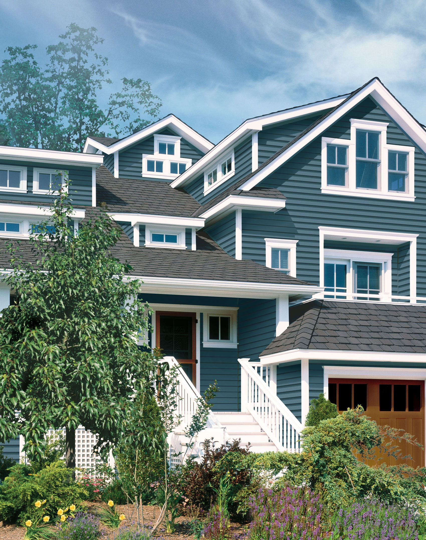 Pacific blue siding colonial d4 clapboard pacific blue for Blue siding house