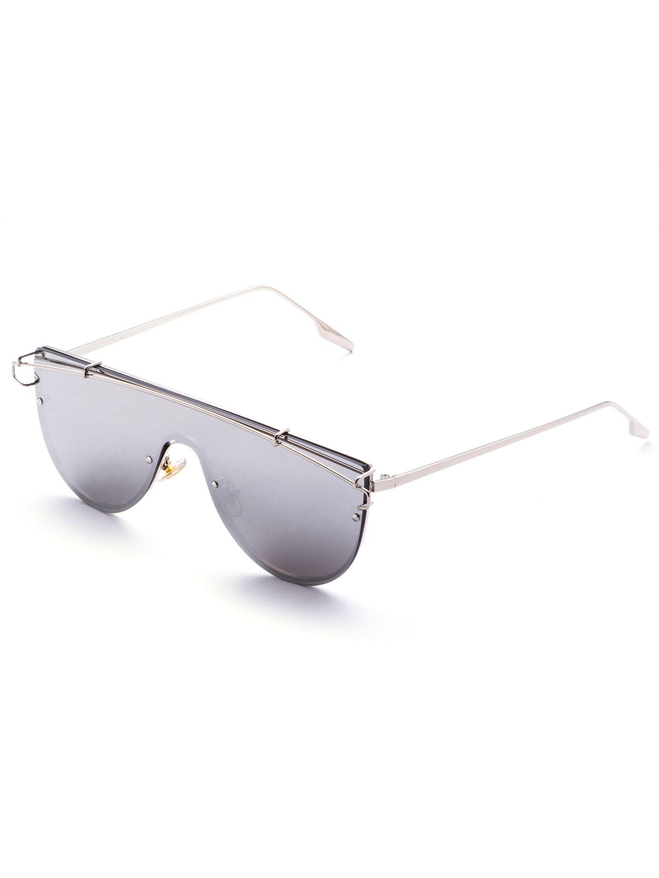 Silver Tone Smoke Lens Aviator Style Sunglasses — 0.00 € --------color: Silver size: None
