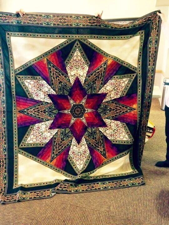 Zona G made this beautiful Carnival quilt top!
