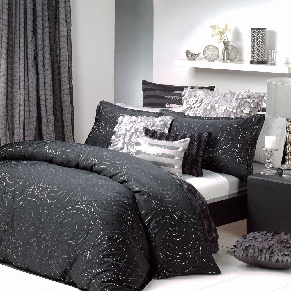 Best Black Silver Quilt Cover Set Silver Bedroom Black And 640 x 480