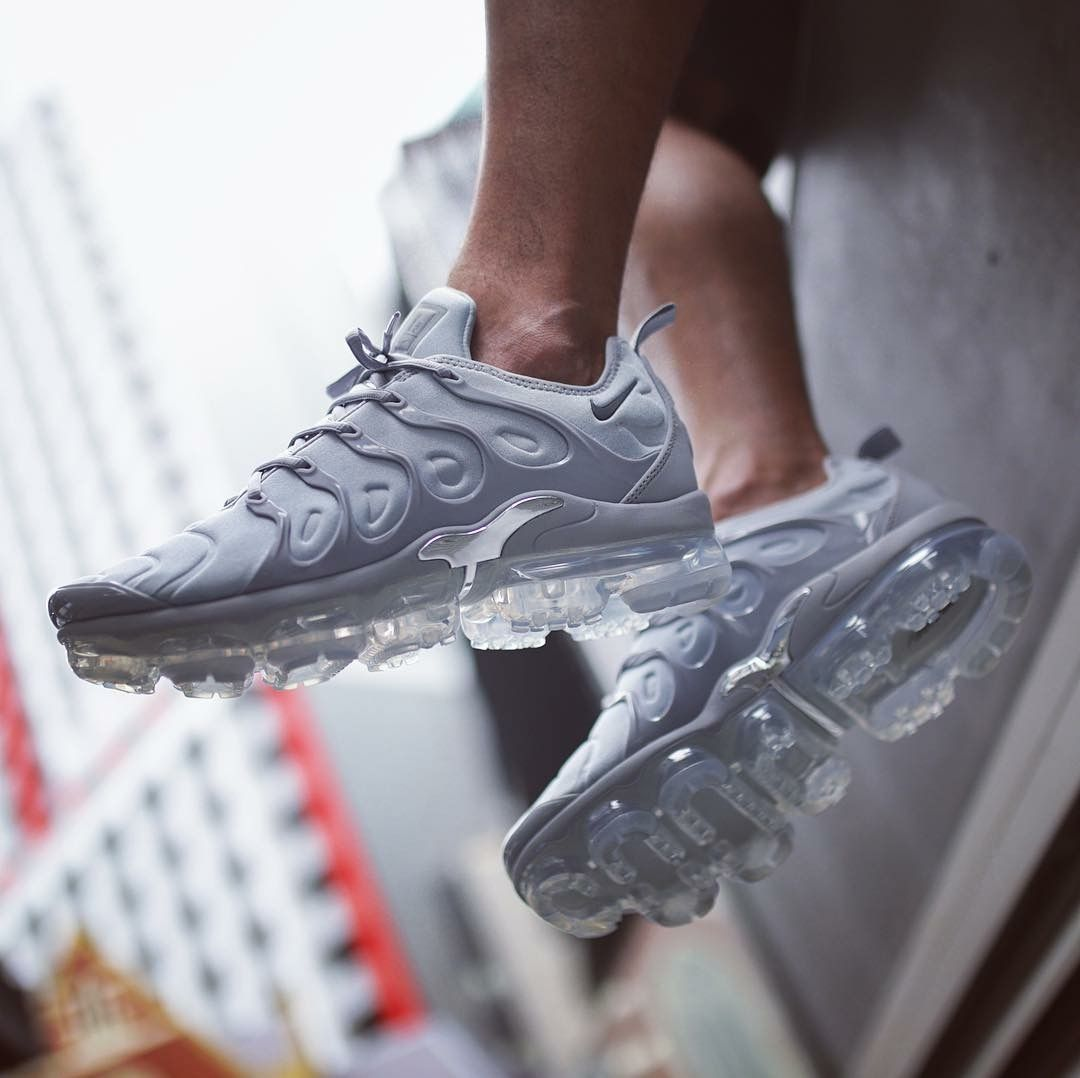 Nike Air Vapormax Plus Sneakers Men Fashion Sneakers Fashion Women Sport Sneakers