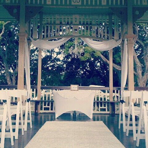 Brisbane Wedding Decorators Beautiful Rotunda Ceremony Package Perfectly Compliments The Iconic New Farm Park