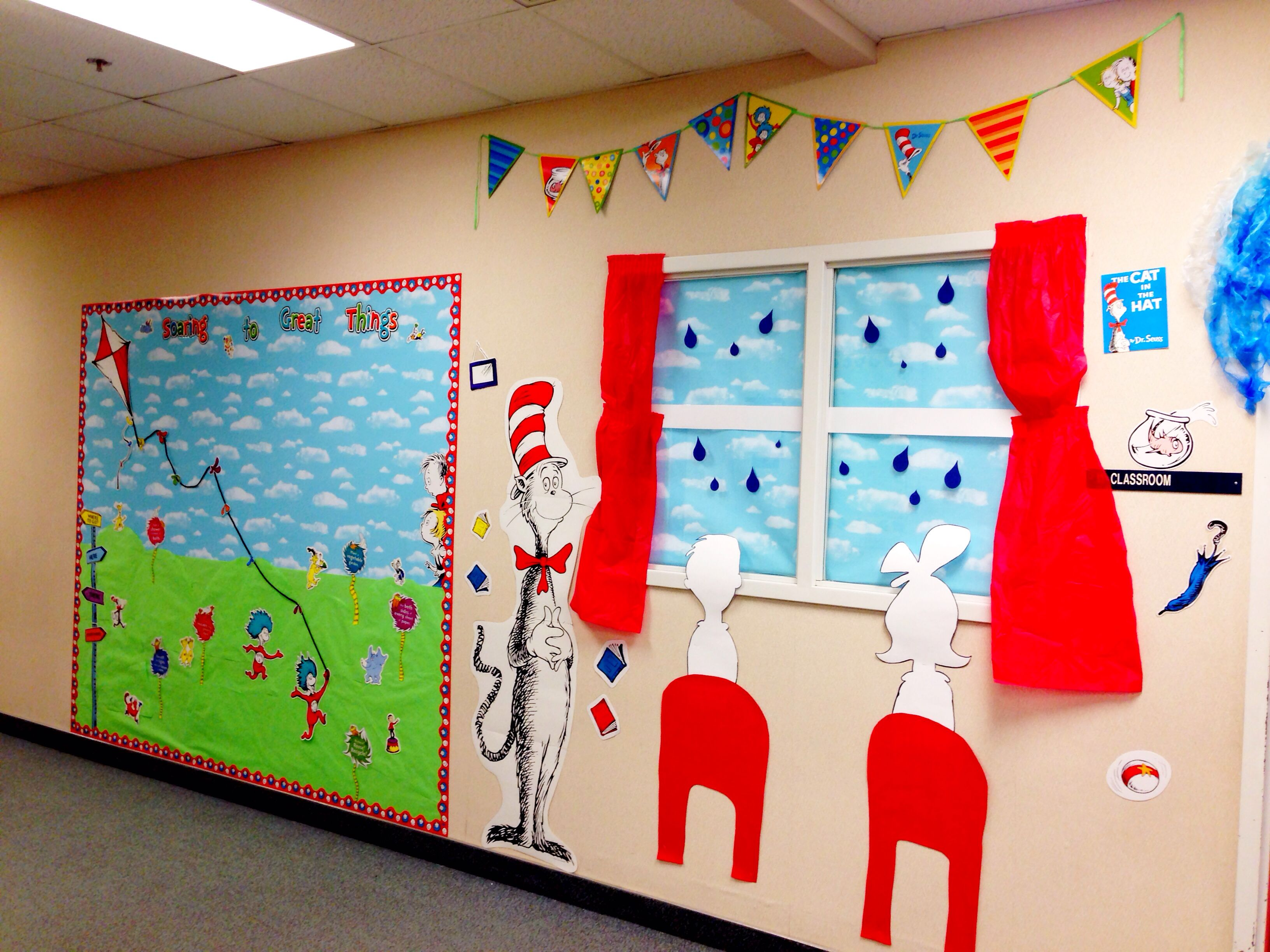 The Cat In The Hat And Thing 1 And Thing 2 Bulletin Board