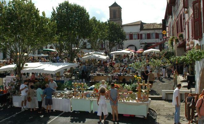 Marché Potier du Pays Basque à La Bastide-Clairence