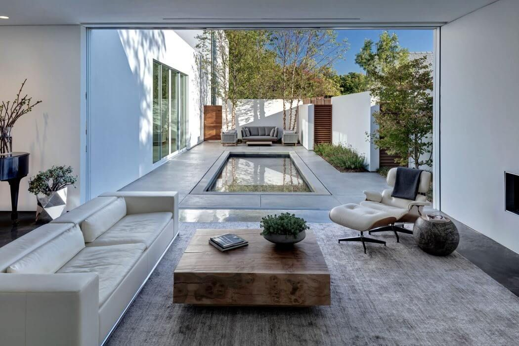 Home in Dallas by Morrison Dilworth + Walls